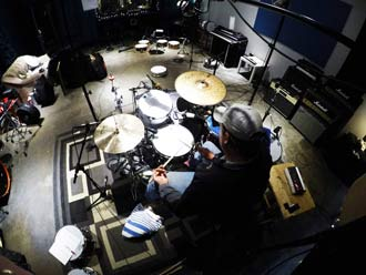 Recording drum loops in studio - Beta Monkey Los Angeles